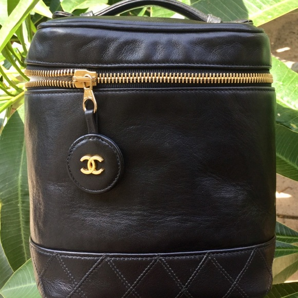 Chanel Bags Leather Vanity Cosmetic Bag Auth Wserial